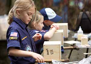 Girls Cubs woodworking
