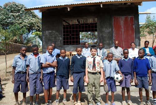 Tanzania kitchen-building crew